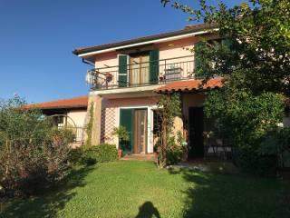 Photo - Multi-family villa Strada Provinciale  Capena, Morlupo