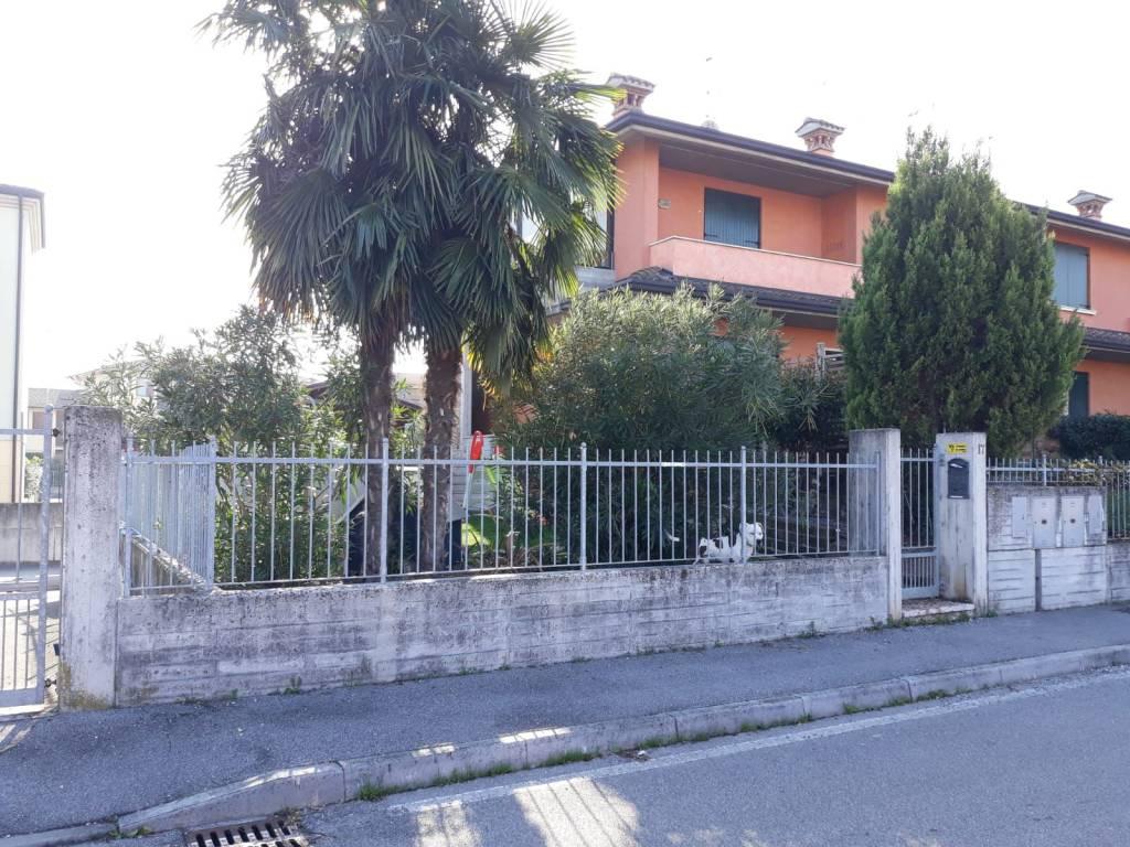 foto 1 Trilocale via Rosà Di Bassano, Calvisano