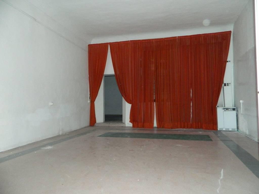 foto vano 1 Warehouse for Rent