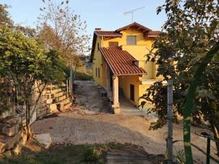 Foto - Villa unifamiliare, buono stato, 209 mq, Torrazzo, Asti