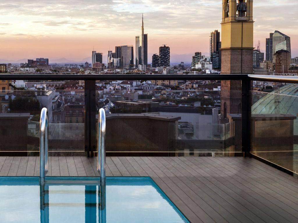 foto Vista e piscina Penthouse largo Corsia dei Servi 11, Milano
