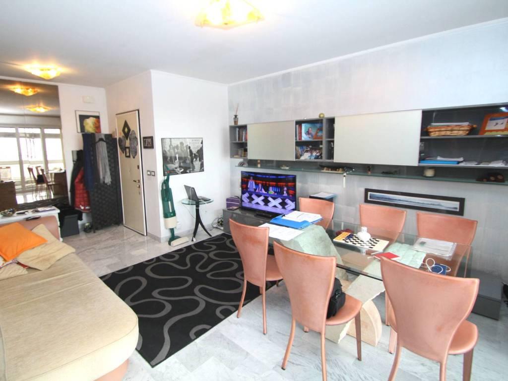 foto  4-room flat via delle Primule, Genova