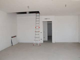 Photo - 4-room flat via V  Bloch 4, Spirano
