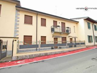 Photo - 4-room flat via Isonzo 1, Lacchiarella