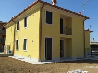 Photo - Terraced house via Strà, Caldiero