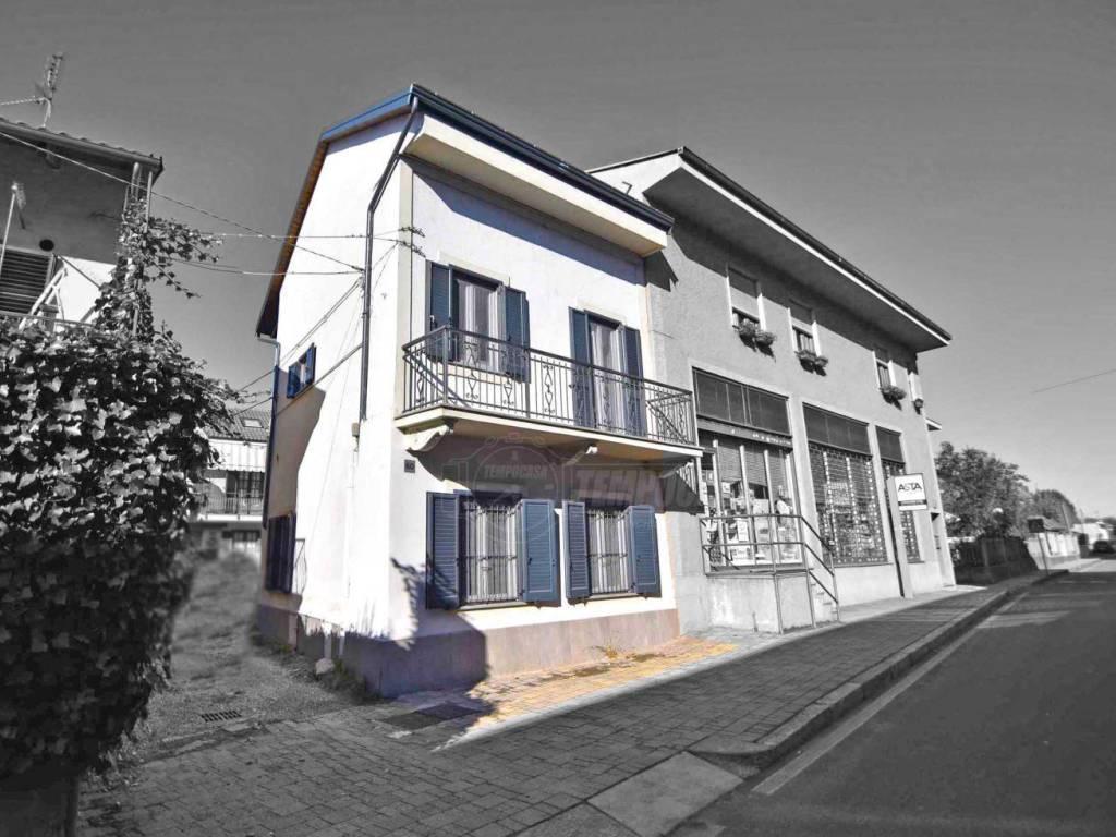 foto facciata  Detached house via Torino, Brandizzo
