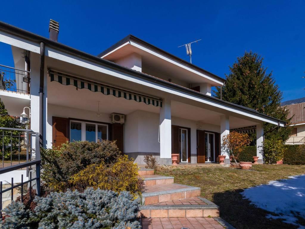 foto facciata Single family villa via Rubiana 26, Almese