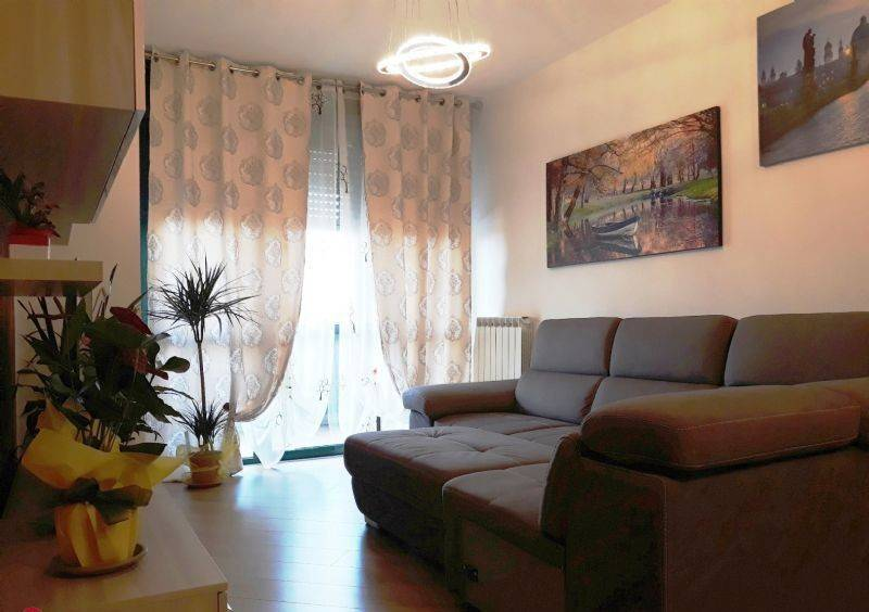 foto  3-room flat via puccini, Mariano Comense