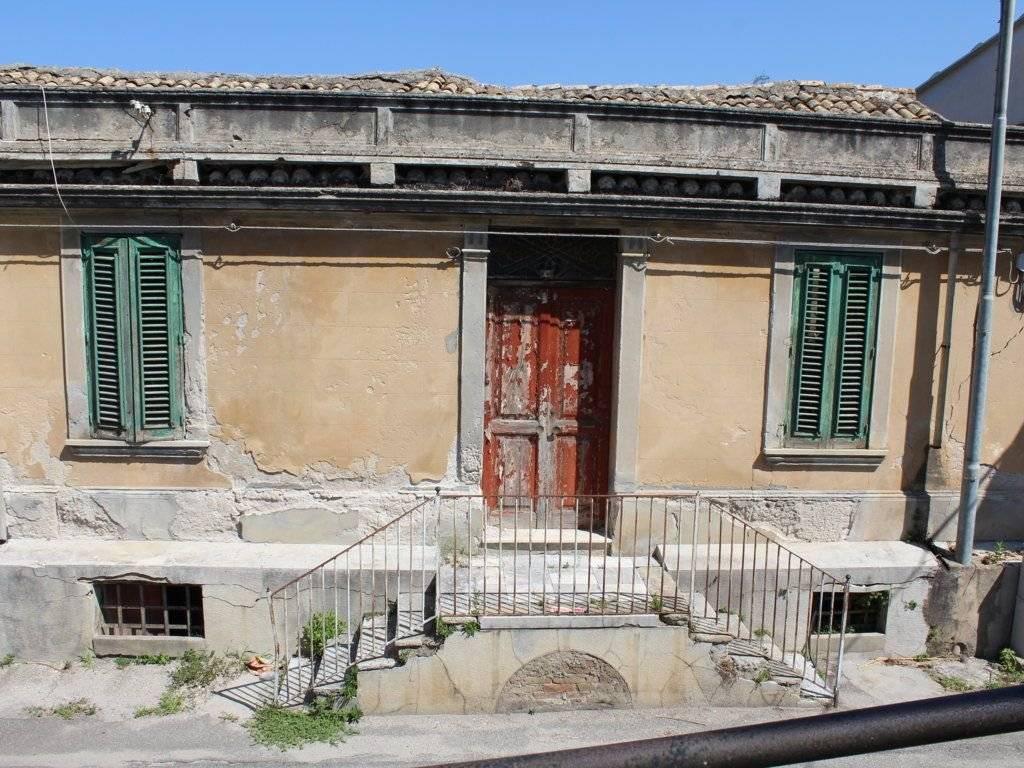 Vendita Casa colonica in Strada Comunale Villa San ...