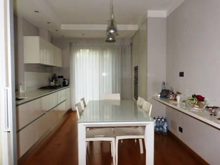 foto  Single family villa viale Regina Elena, Fossano