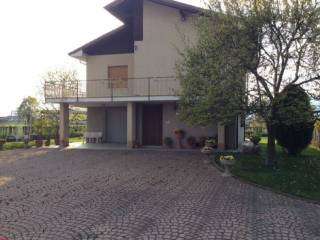 Photo - Country house 200 sq.m., Busca