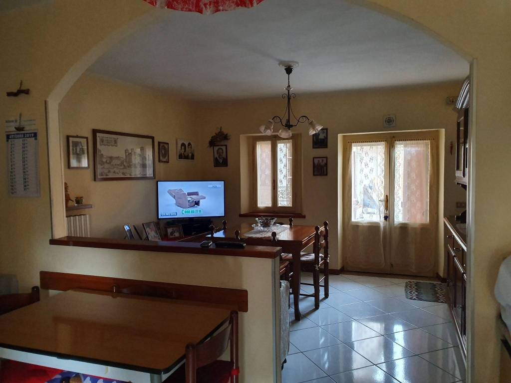 foto  Detached house 83 sq.m., good condition, Casalgrande