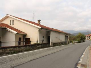 Photo - 4-room flat via B  Filippi, Val di Chy