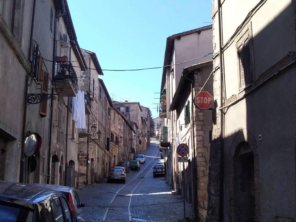 foto  Quadrilocale via Annibal Caro, Tolfa