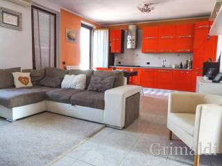 Photo - 3-room flat first floor, Robecco sul Naviglio