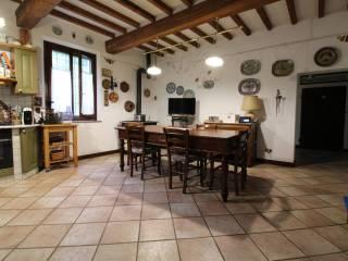 Photo - Farmhouse, excellent condition, 870 sq.m., Cadelbosco Di Sotto, Cadelbosco di Sopra