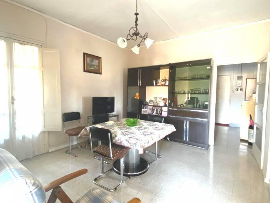 Ristrutturazione Casa Costi Napoli vendita appartamento napoli. bilocale in via giacinto de