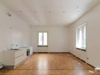 Photo - 3-room flat via San Senatore, Missori, Milano