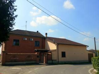 Photo - Detached house 130 sq.m., good condition, Sale