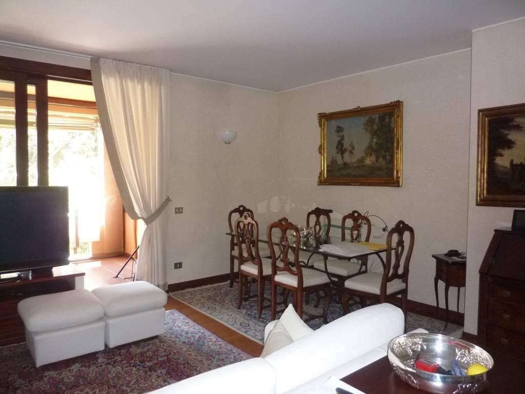 foto  3-room flat via Bergamo 1, Cusago