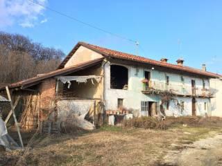 Photo - Country house, to be refurbished, 200 sq.m., Baldissero d'Alba