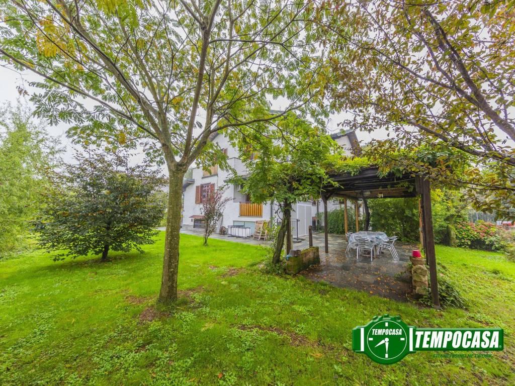 foto Giardino Terraced house via Emilio Alessandrini, Noviglio