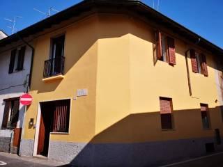 Foto - Casa indipendente via Cesare Beccaria 29, Gessate