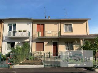 Photo - Terraced house via dell'Olmo 74, Segrate