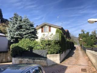 Foto - Reihenvilla 3 Zimmer, ausgezeichneter Zustand, Piamo, Bisuschio