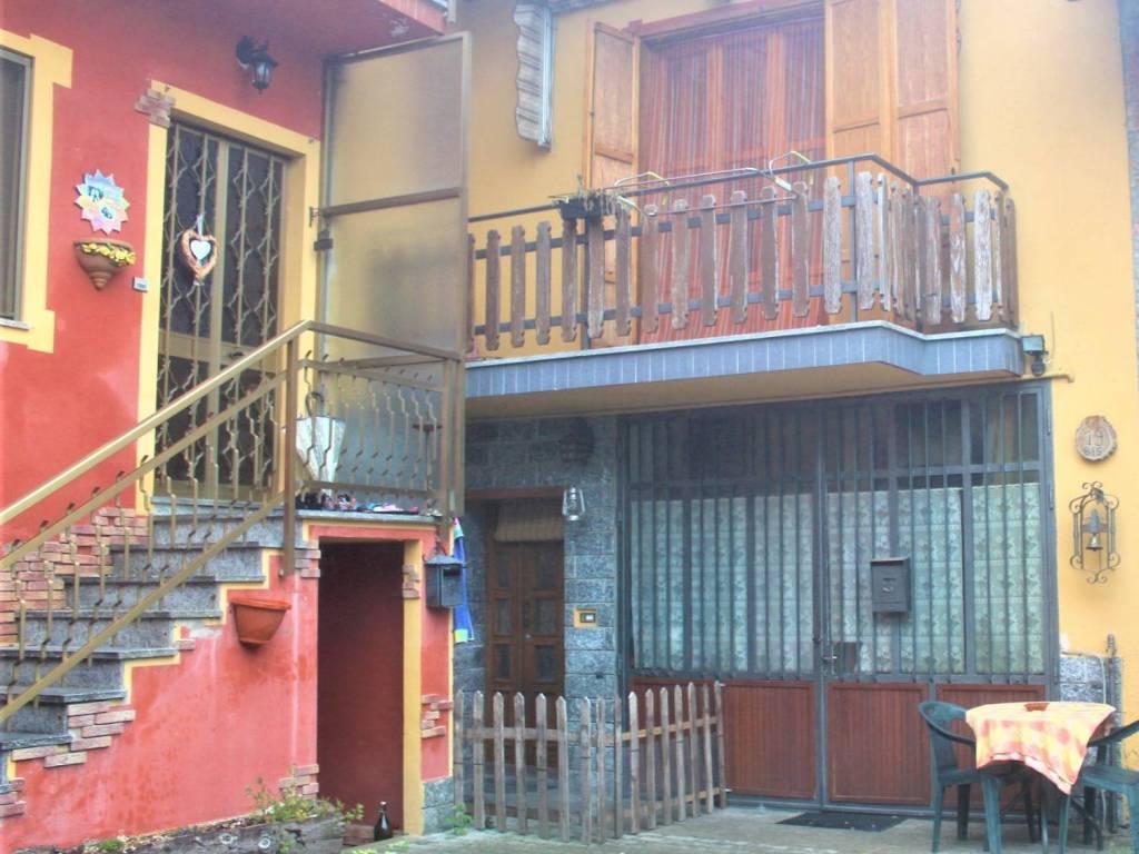 foto esterno Country house via Tetti Gosso, Sciolze