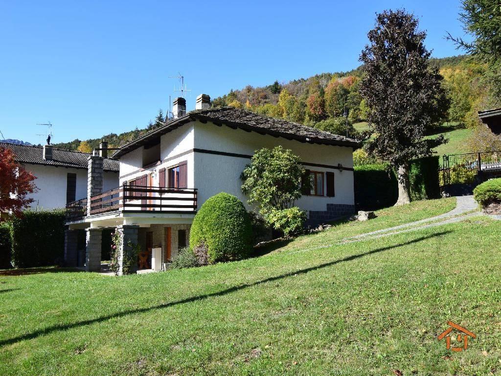 foto Esterno Single family villa frazione Nabian 9, Challand-Saint-Victor