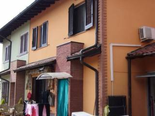 Photo - Terraced house 4 rooms, good condition, Camisano