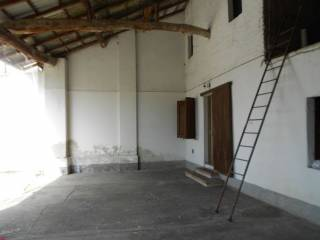 Photo - Country house, to be refurbished, 100 sq.m., Casaletto Ceredano