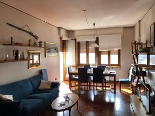 Photo - 4-room flat via Giovanni Pascoli 8, Carugo
