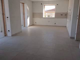 Photo - 4-room flat via Anna Frank 2, Busca