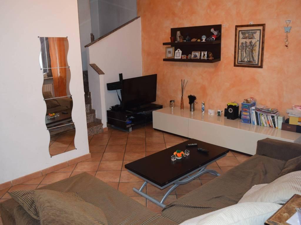 foto  3-room flat via Giuseppe Garibaldi 10, Cuggiono