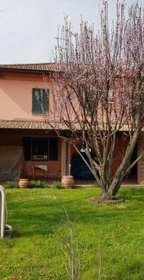 foto  Villa unifamiliare, ottimo stato, 200 mq, Agazzano