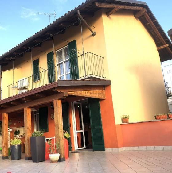 foto  Single family villa, excellent condition, 140 sq.m., Sanfrè