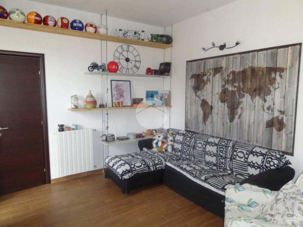 foto soggiorno 2-room flat piazza vittorio emanuele, Bussero
