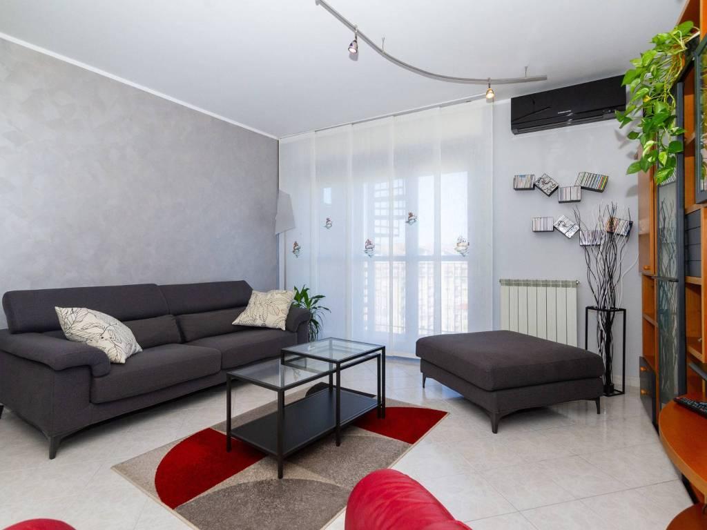 foto  Appartamento largo delle Alpi, Nichelino