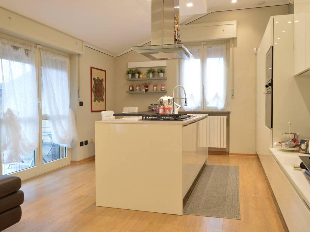 foto zona giorno 3-room flat excellent condition, third floor, Mondovì