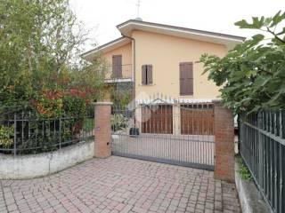 Photo - Two-family villa, excellent condition, 177 sq.m., Gazoldo degli Ippoliti