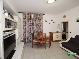Photo - 2-room flat via Monte Rosa, Valleambrosia, Rozzano