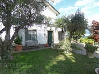 Foto - Villa unifamiliare, ottimo stato, 380 mq, Rocca Sinibalda