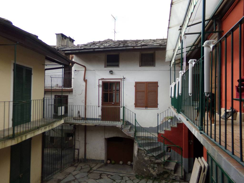 foto  Detached house piazza Willy Jervis 8, Villar Pellice