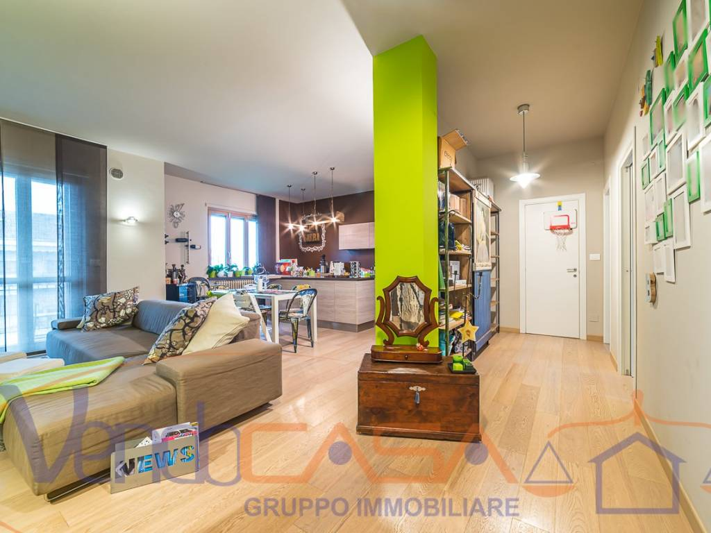 foto SOGGIORNO 4-room flat via Vittorio Alfieri 6, Racconigi