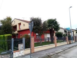 Photo - Single family villa via Giuseppe Verdi 9, Borgo Veneto