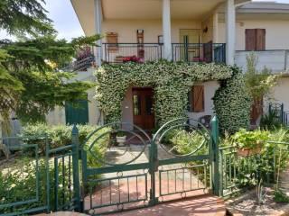 Photo - Apartment in villa Contrada Colle Sciarra 25, Atri