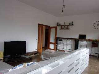 Foto - Appartamento buono stato, ultimo piano, Fermignano