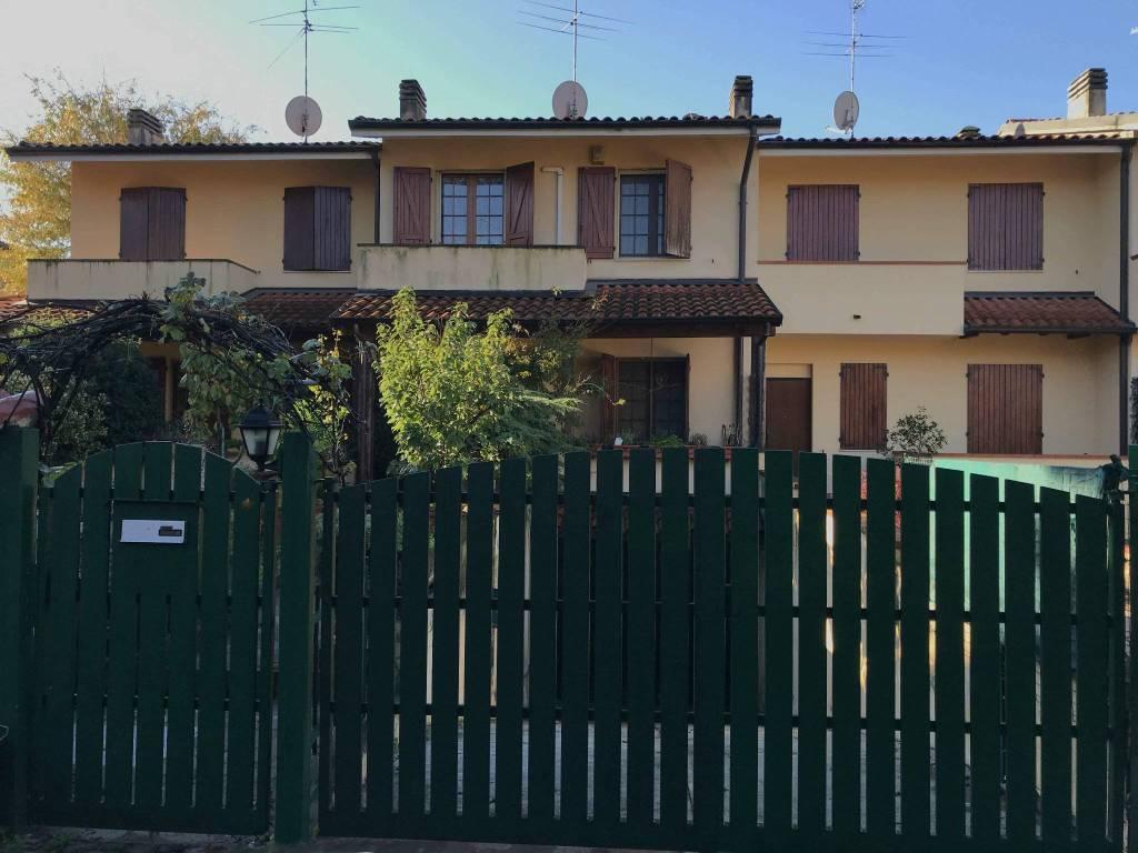 foto FACCIATA Terraced house 4 rooms, good condition, Truccazzano